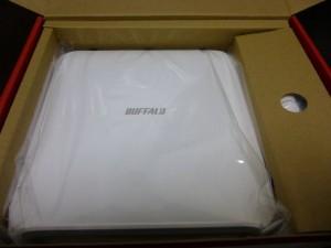 WXR-1900DHP 箱の中